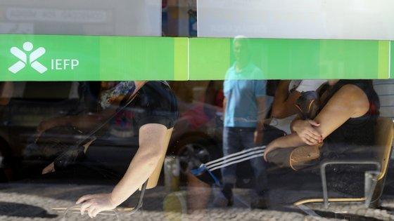 O Algarve foi a região onde o desemprego menos caiu
