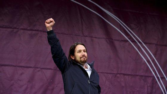 """Utilizamos o mesmo serviço e as mesmas ferramentas no Whatsapp que os outros partidos"", rebateu o Podemos"