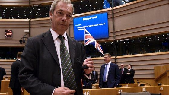 O eurodeputado eurocético beneficiou da queda do seu antigo partido nas sondagens e saltou para o primeiro lugar.