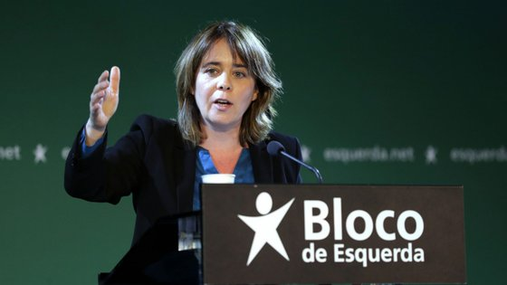Catarina Martins falava no Fundão, distrito de Castelo Branco, onde participou numa arruada do BE pelo mercado semanal local