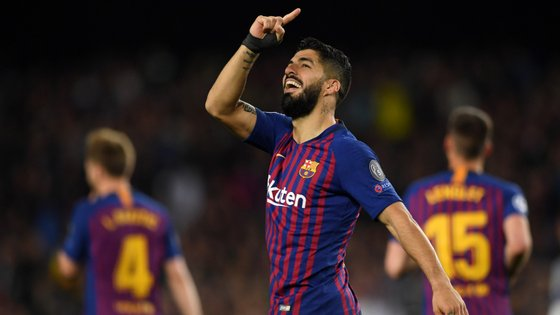 O avançado uruguaio marcou o golo 500 do Barcelona na Liga dos Campeões