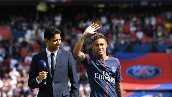 Beckham, Ibrahimovic, Mbappé, Neymar: as centenas de milhões investidas pelo Qatar no PSG não chegaram para convencer a opinião pública francesa