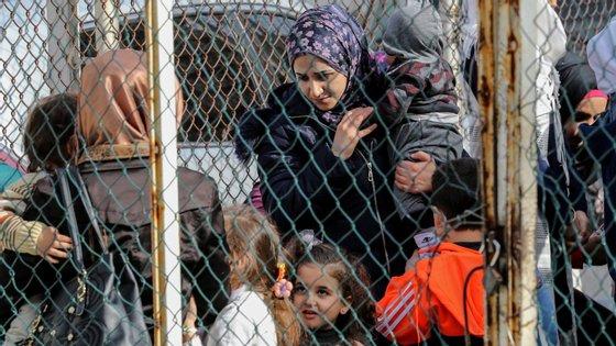 A solução final desejada será, eventualmente, o regresso dos sírios ao seu país, cenário que a coordenadora das Nações Unidas não acredita estar para breve