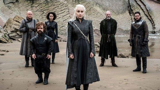 O autor não adiantou sobre que temas tratarão as séries mas aconselhou os fãs a criarem as suas próprias teorias