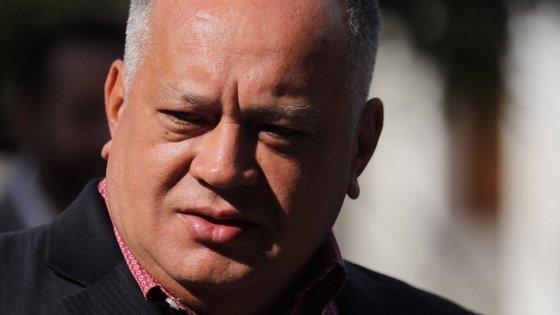 """Os deputados """"participaram de maneira flagrante num golpe de Estado em 30 de abril"""", afirmou Cabello"""