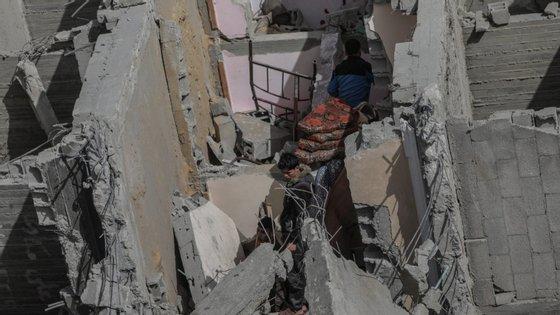"""Desde o início da """"Marcha do Regresso"""", com manifestações que se repetem todas as sextas-feiras há 13 meses em Gaza, já foram feridos 27.000 palestinianos, 7.000 por disparos do exército israelita"""
