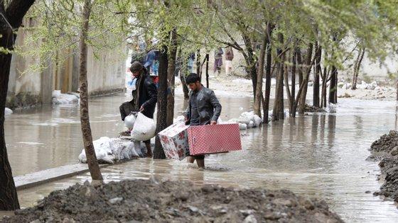 Inundações já destríiram 220 casas no Afeganistão
