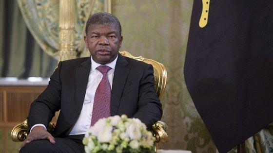 Em Angola, os produtos petrolíferos representam mais de 95% do total de exportações.