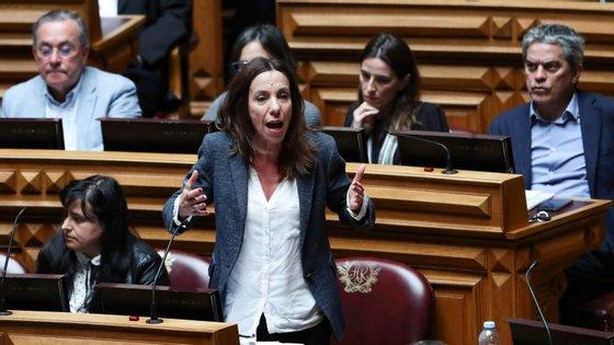 Heloísa Apolónia vai participar num debate sobre as alterações climáticas no parlamento esta quarta-feira