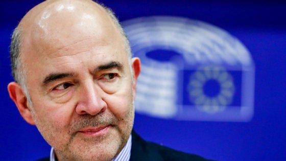 Pierre Moscovici, Comissário Europeu dos Assuntos Económicos, apresentou em Bruxelas as recomendações específicas aos estados-membros