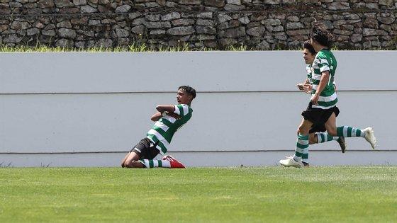 Youssef Chermiti foi o melhor marcador do Sporting na fase final, acabando com dois golos na receção ao Tondela
