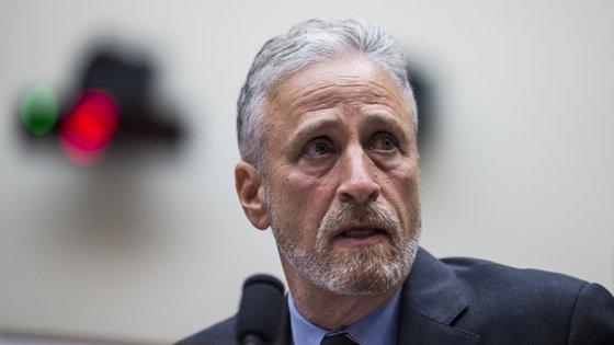 Jon Stweart foi defender os interesses dos socorristas, que querem o regresso de um fundo de apoio às vítimas do 11 de setembro