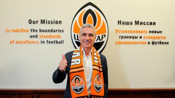 O Shakhtar Donetsk anunciou o novo treinador em comunicado oficial na página do clube