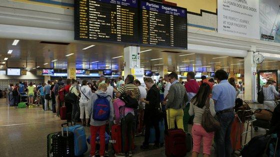 Detido pretendia apanhar um avião com destino a Cork, na República da Irlanda