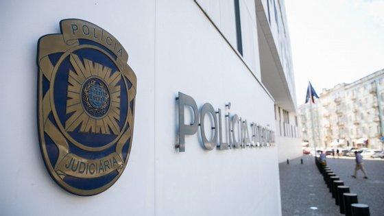 O arguido não tinha antecedentes criminais e vai ser presente a primeiro interrogatório judicial, para aplicação de medidas de coação adequadas