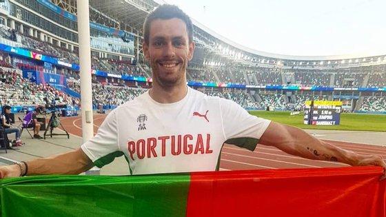Carlos Nascimento, atleta do Sporting, correu os 100 metros em 10,35 segundos