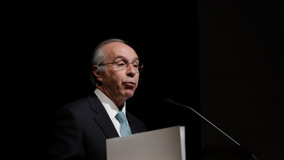 O ex-líder do PSD falava no seu espaço de comentário habitual na SIC ao domingo à noite