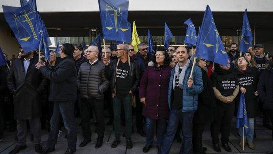 Para além da greve, os funcionários vão realizar esta terça-feira uma manifestação no Campus da Justiça, em Lisboa