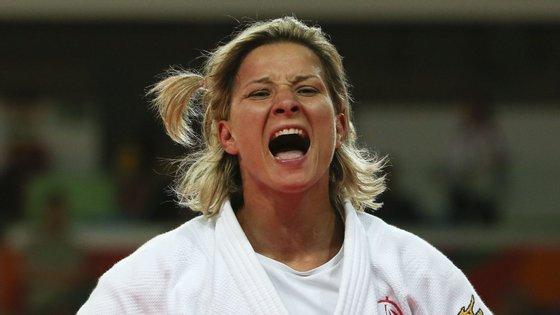 Telma Monteiro conquistou a medalha de prata com a equipa portuguesa depois de ter sido bronze na categoria de -57kg