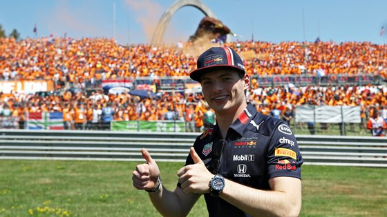 O piloto da Red Bull contou com uma enorme mancha de apoio na Áustria
