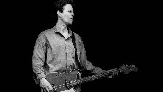 Mark Sandman morreu em palco, num concerto em Palestrina, Itália, vítima de ataque cardíaco. Tinha 46 anos