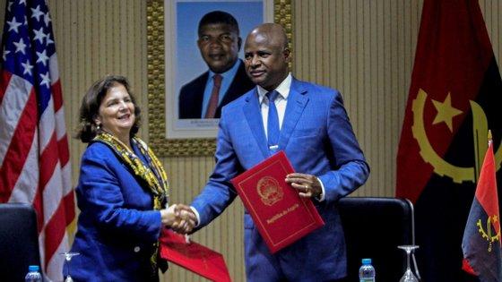 Nina Maria Fite realçou que os EUA estão comprometidos com Angola como um parceiro estratégico