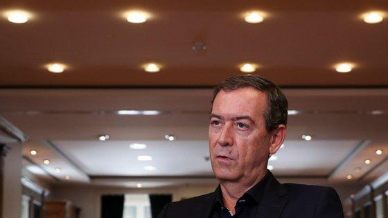 """Miguel Guimarães considera que a ministra não tem dado """"uma palavra de carinho a quem todos os dias faz o Serviço Nacional de Saúde"""""""