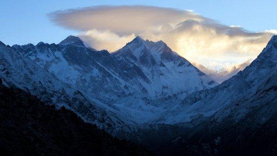 Os alpinistas desaparecidos tinham comunicado pela última vez no dia 26 de maio