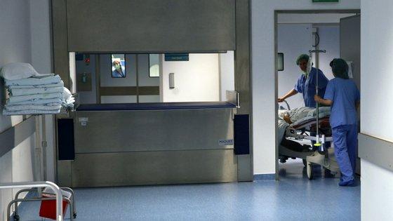 Estão decretados serviços mínimos, como sempre nas greves no setor da saúde