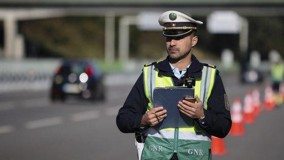 A GNR lembra que os condutores de veículos de duas rodas a motor constituem um grupo de risco