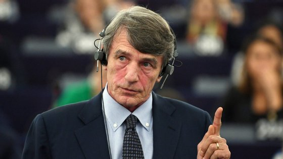 Sassoli deverá presidir à assembleia até janeiro de 2022