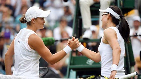 Barty bateu a belga Alison Van Uytvanck em dois 'sets' de 6-1 e 6-3, após 56 minutos de confronto