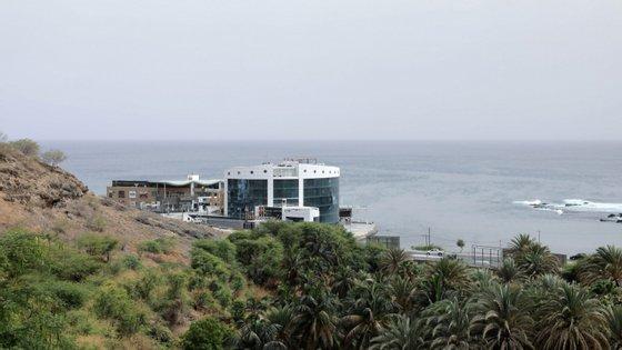 """""""É a melhor solução para interligar o país em termos de segurança, mobilidade, previsibilidade e de conforto"""", disse o ministro cabo-verdiano"""
