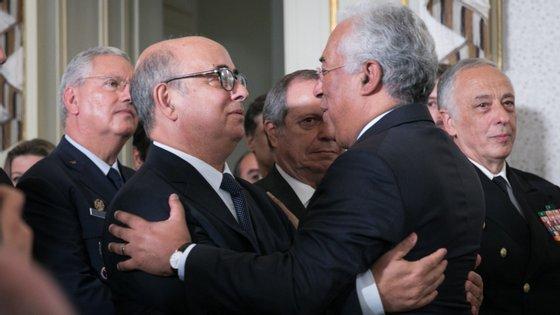 Azeredo Lopes demitiu-se do Governo em outubro, depois de desenvolvimentos do processo de investigação judicial ao desaparecimento e recuperação das armas furtadas nos paióis de Tancos.