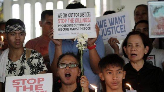 Os milhares de mortes motivaram a apresentação de duas queixas no Tribunal Penal Internacional