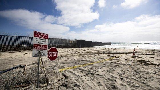 """""""A lei mexicana não aceita pessoas sem registo ou sem notificações junto da autoridade de imigração"""", explicou Ebrard"""
