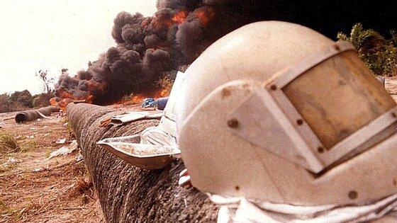 A explosão de oleodutos causada durante tentativas para retirar combustível é frequente na Nigéria