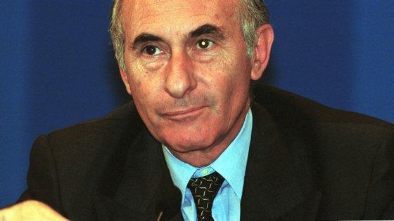 O antigo líder argentino já tinha estado internado este ano por problemas cardiorrespiratórios e o seu estado de saúde era considerado grave