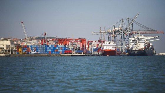 Terminal de contentores no Porto de Lisboa