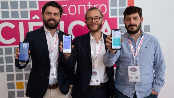 Nuno Moniz, Arian Pasquali e Tomás Amaro são os três responsáveis por uma aplicação focada na democracia digital