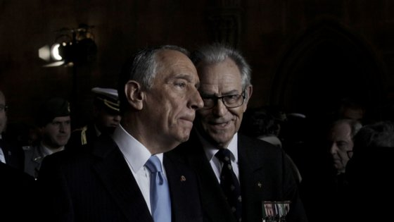 O general Joaquim Chito Rodrigues, presidente da Liga dos Combatentes, com o Presidente da República Marcelo Rebelo de Sousa, na Comemoração do Dia do Combatente, em 2016