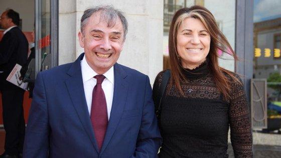 A deputada Emília Cerqueira (à direita) foi constituída arguida. José Silva, secretário-geral do PSD (à esqueda) é testemunha no mesmo caso