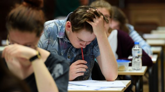 A segunda fase dos exames nacionais de Matemática realizou-se esta segunda-feira.