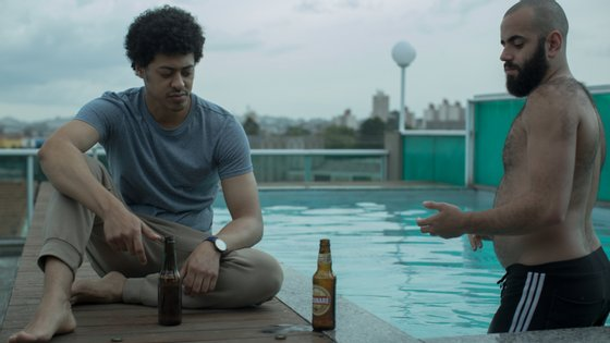 Luís Navarro (Biriba) e Henrique Santana (Salim) são protagonistas da série