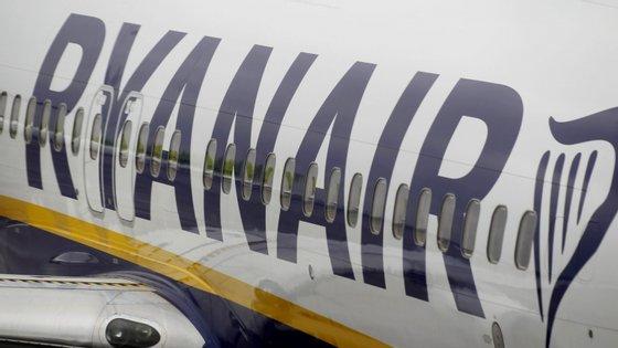 Esta é a conclusão de uma investigação aberta pelo executivo comunitário em julho de 2018, após uma queixa de uma transportadora concorrente da Ryanair