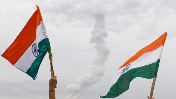 A Índia poderá ser o quarto país a conseguir aterrar na Lua