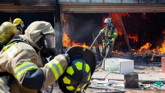 423 pessoas foram detidas na área de Joanesburgo, epicentro dos conflitos