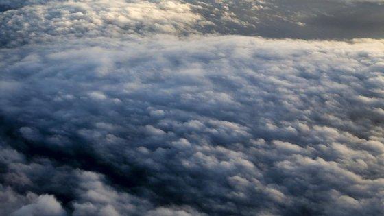 Previsão de céu nublado em quase todo o país esta terça-feira