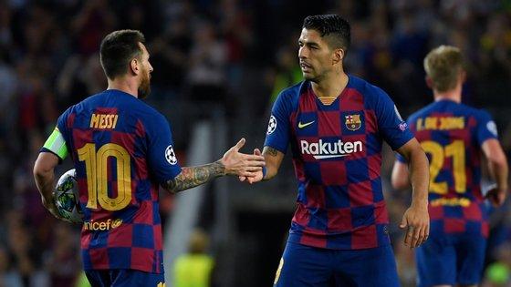 Luis Suárez marcou os dois golos da reviravolta do Barcelona contra o Inter, que contaram com a participação direta de Messi