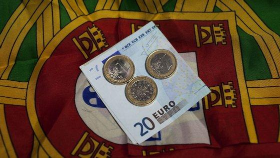 A DBRS pode esta sexta-feira voltar a rever a avaliação que atribui a Portugal
